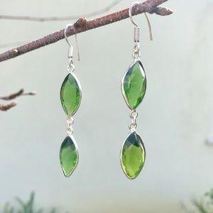 Jewelry - STERLING SILVER GREEN Gemstone earrings dangles